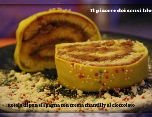 Rotolo di pan di spagna con crema chantilly al cioccolato