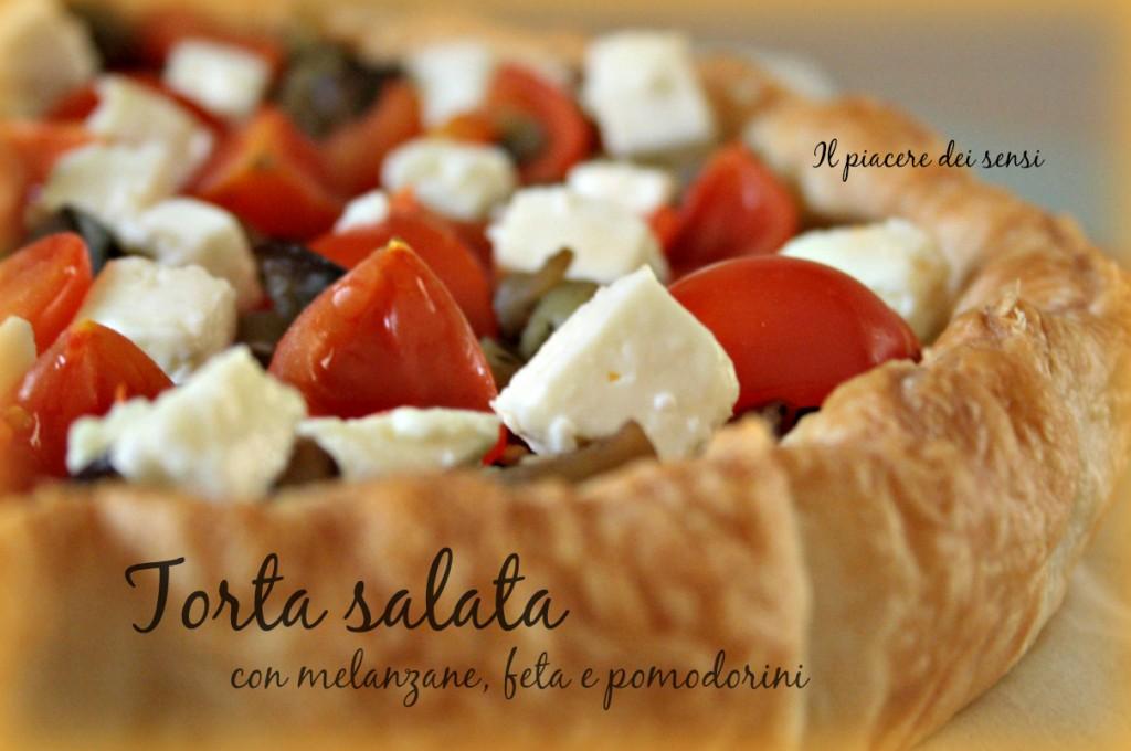 torta salata con melanzane, feta e pomodorini