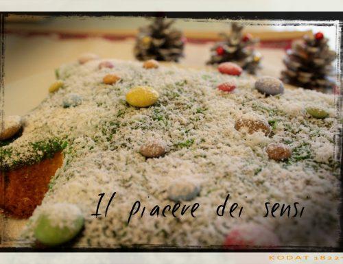 Albero di Natale sofficissimo con canditi, uvetta e Smarties