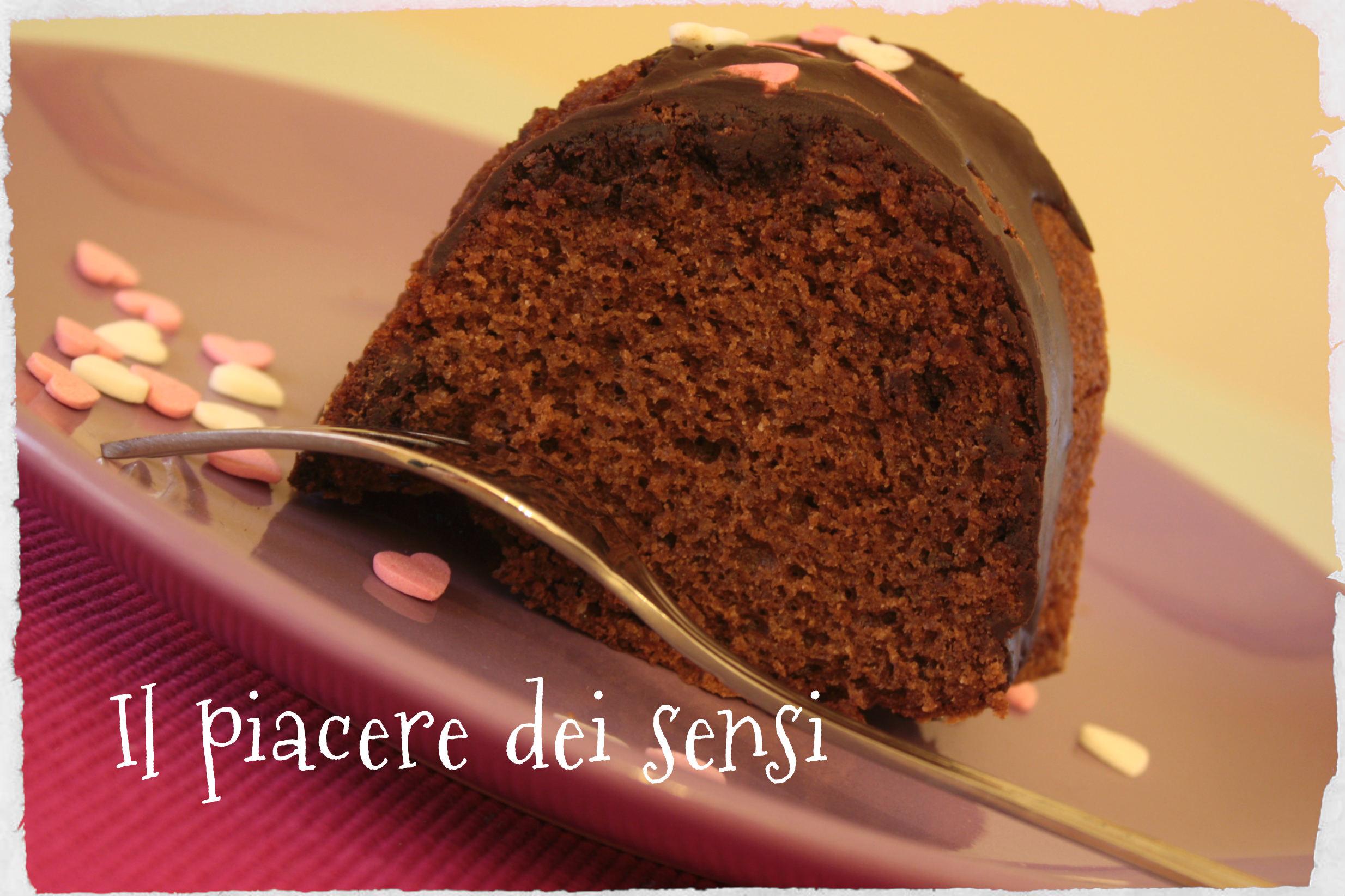 Ciambella al cioccolato con farina di mandorle