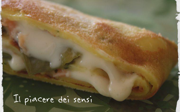 Crespelle al basilico con salmone e taccole