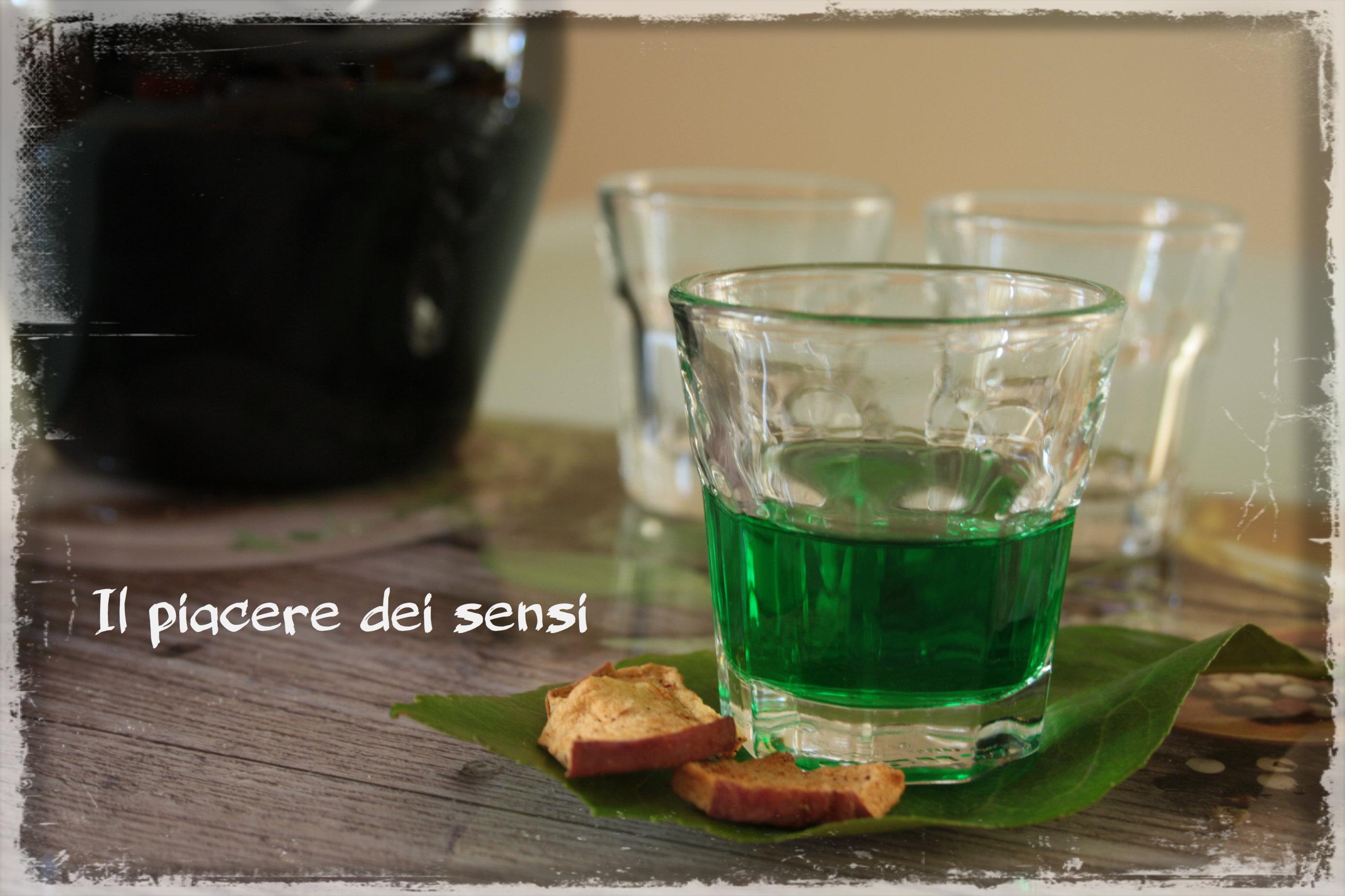 Liquore alla menta e limone