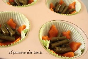 Frolla salata al pomodoro con fagiolini, pecorino e pistacchi