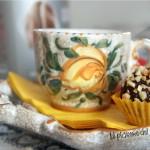 Palline al cioccolato fondente con cocco e frutta candita - Manuel Caffè