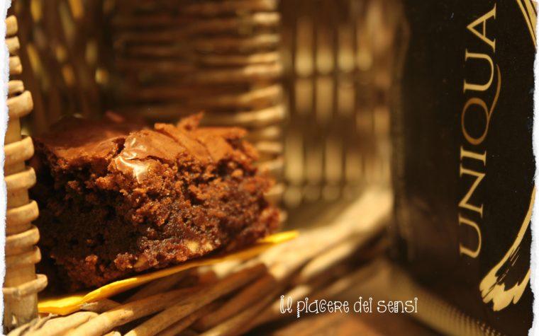 Brownies alle nocciole con uvetta e peperoncino – Tutti i colori di EXPO per Uniqua