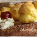 Torta di compleanno con pan di spagna e crema pasticcera al cioccolato al latte