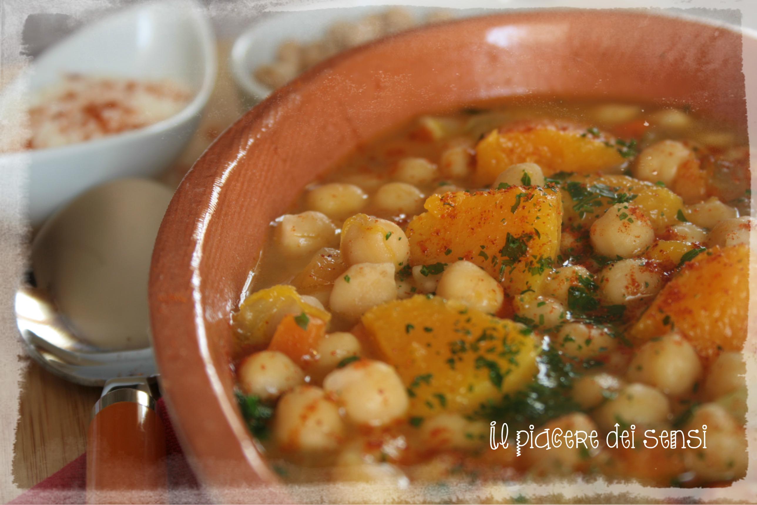 Zuppa con ceci e zucca alla paprika