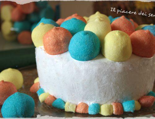 Chiffon cake agli agrumi con panna e marshmallow