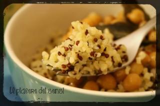 Bulgur, quinoa e ceci ai quattro pepi