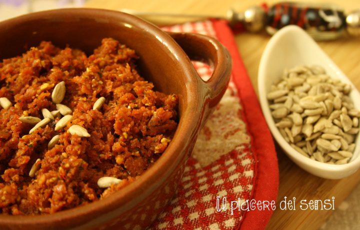 Pesto di pomodori secchi e semi di girasole