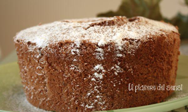 Chiffon cake al cacao – una nuvola a tavola!