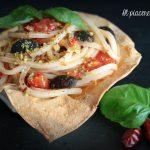 Pasta mediterranea in cestino di pasta fillo