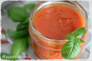 Salsa di pomodoro al peperoncino