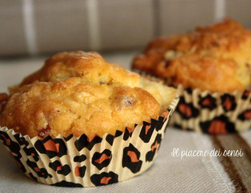 Muffins al formaggio con salame di bresaola