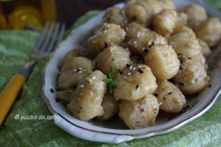 gnocchi al pesto di pistacchio