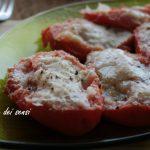 Pomodori cotti in padella con acciughe e origano
