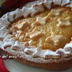 Cuore di pasta frolla con crema pasticcera e marmellata di arance