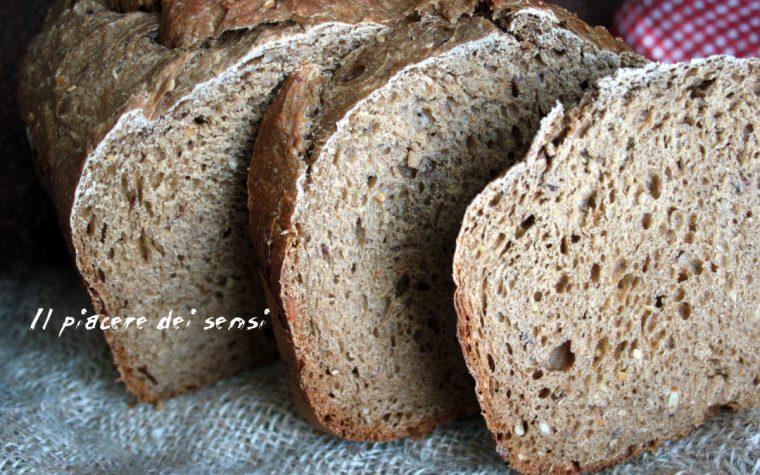 Pane ai cereali misti – con e senza la macchina del pane