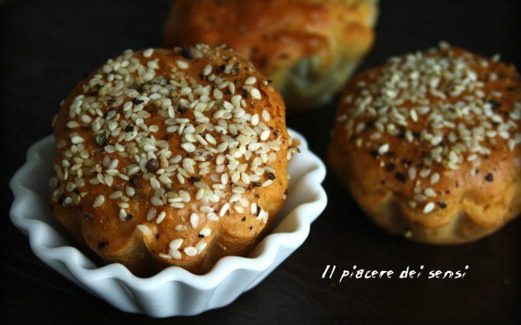 Muffins con provola e pancetta – impasto semi-integrale