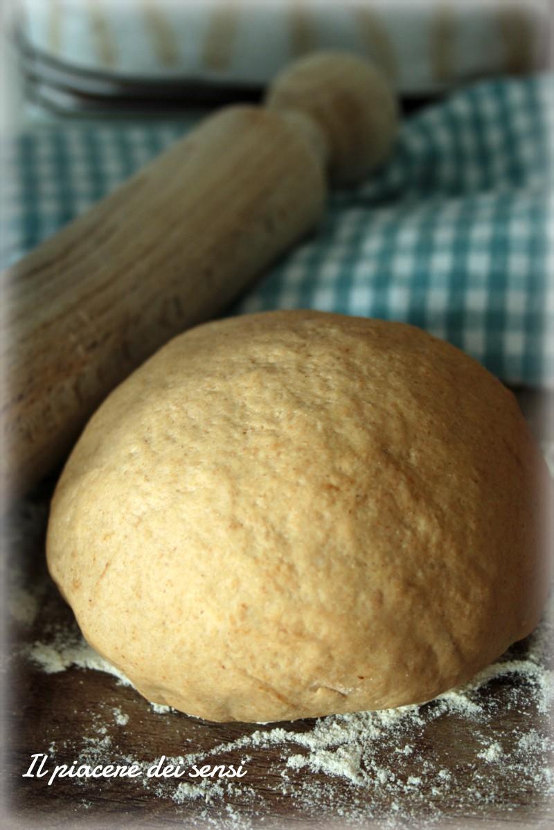 Pasta fatta in casa alla liquirizia