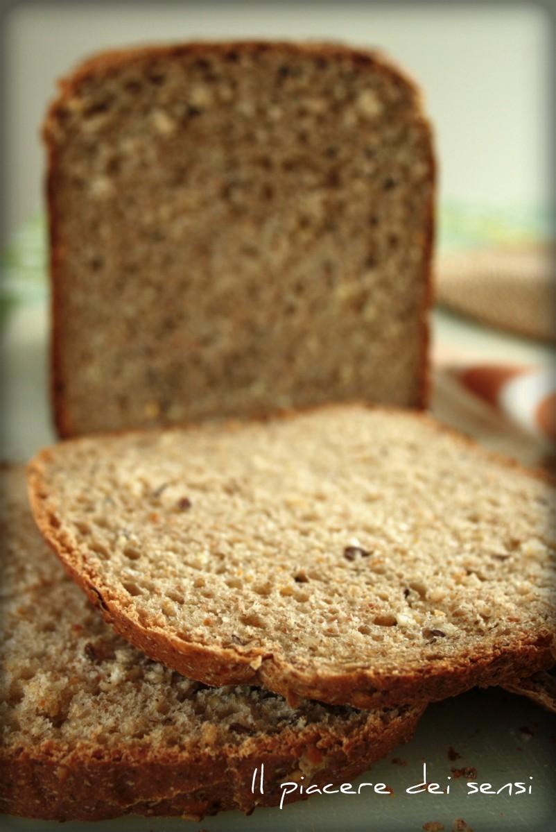 Pane ai cereali e semi misti