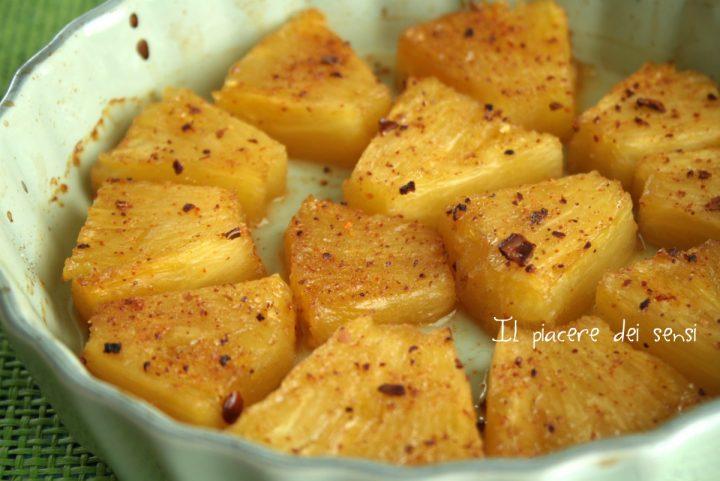 Ananas caramellato e speziato