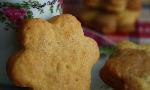 Biscotti alle mandorle con zucchero di canna