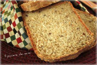 Pan bauletto ai semi di lino e sesamo