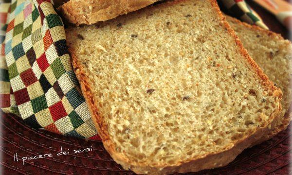 Pan bauletto ai semi di lino e sesamo – con e senza la macchina del pane
