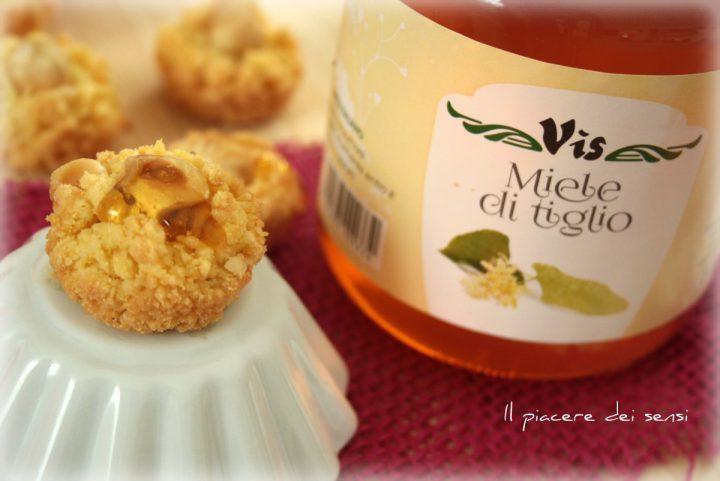 Bocconcini di sbrisolona alle nocciole e miele vis
