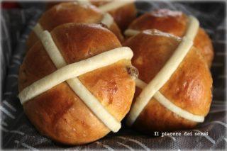 Hot cross buns ricetta in italiano
