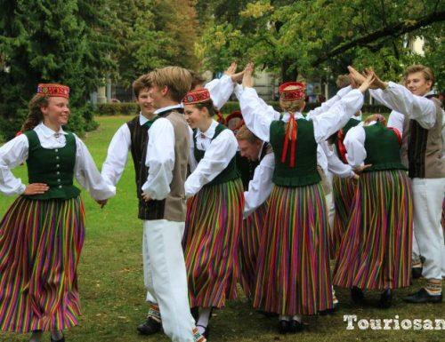 Il centro storico di Riga tra favole, leggende e canzoni: Vecriga