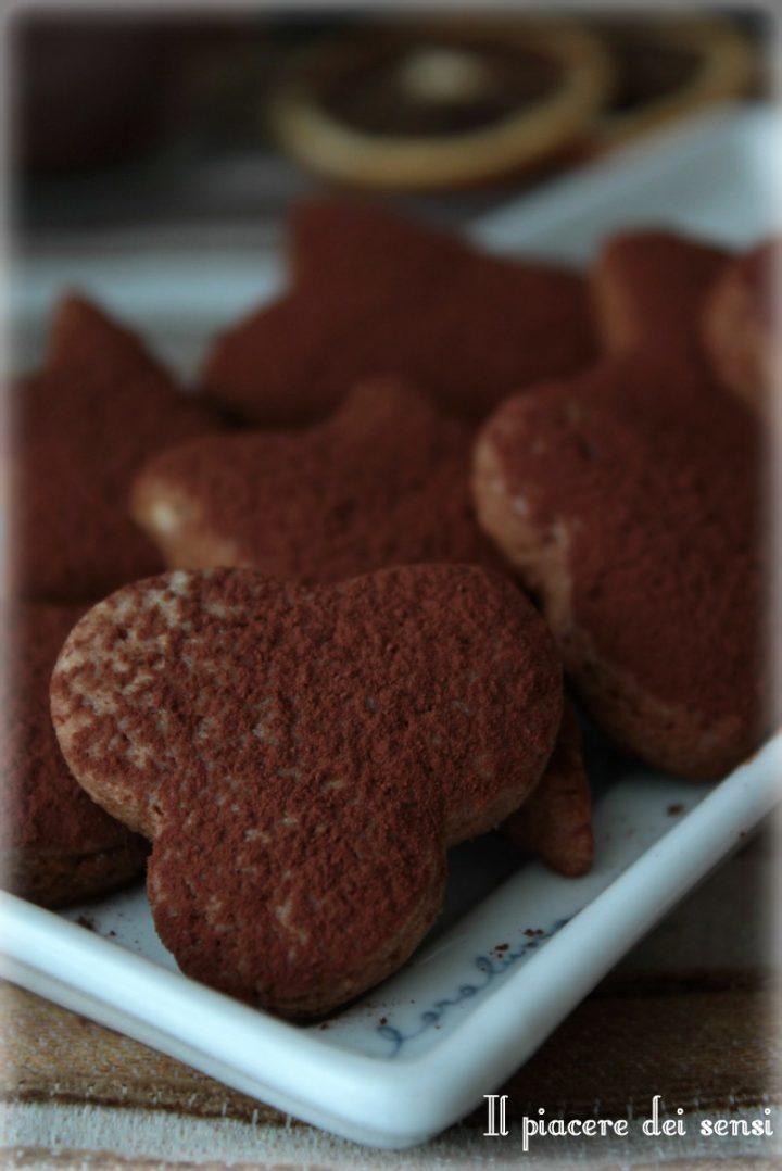 Pasta frolla al cacao al profumo di arancia
