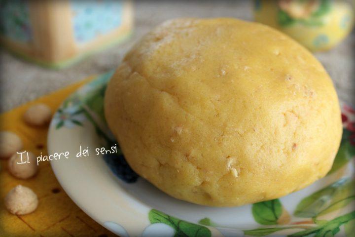 Pasta frolla con amaretti