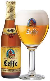 Leffe Blond - mondo di birra in Belgio