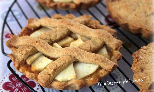 Crostatine rustiche con mele e confettura