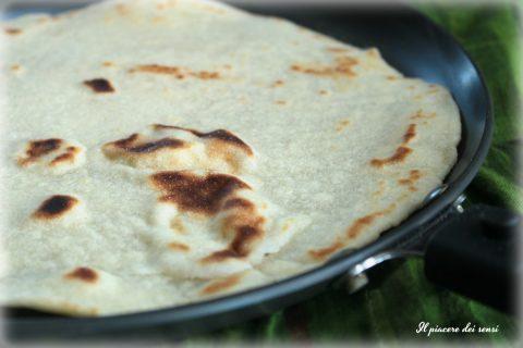 Piadine con farina di riso senza strutto