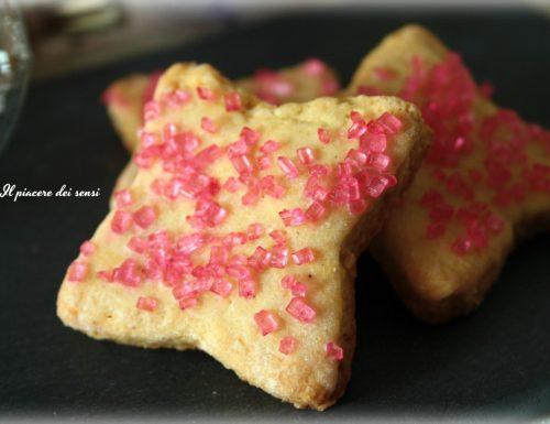 Biscotti alla vaniglia con cristalli di zucchero
