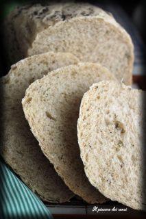 pane con semi di girasole e cumino